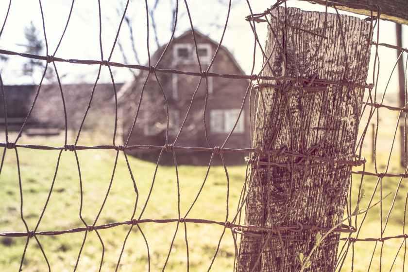 countryside house farm fence